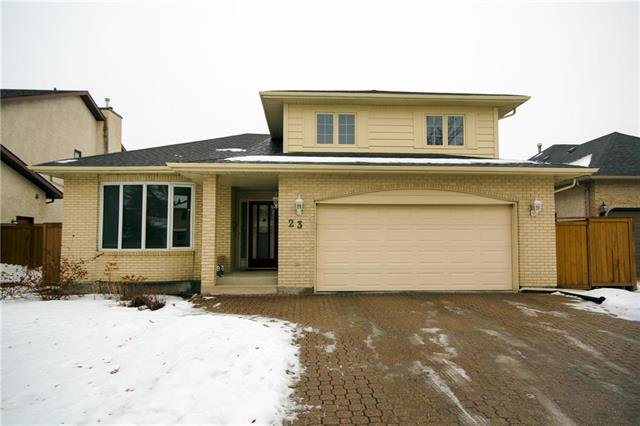 Main Photo: 23 East Springs Cove in Winnipeg: Algonquin Estates Residential for sale (3H)  : MLS®# 1832001
