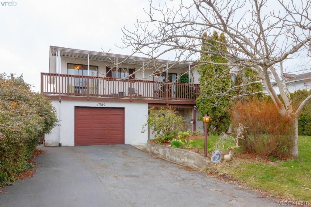 Main Photo: 4389 Columbia Dr in VICTORIA: SE Gordon Head House for sale (Saanich East)  : MLS®# 813897