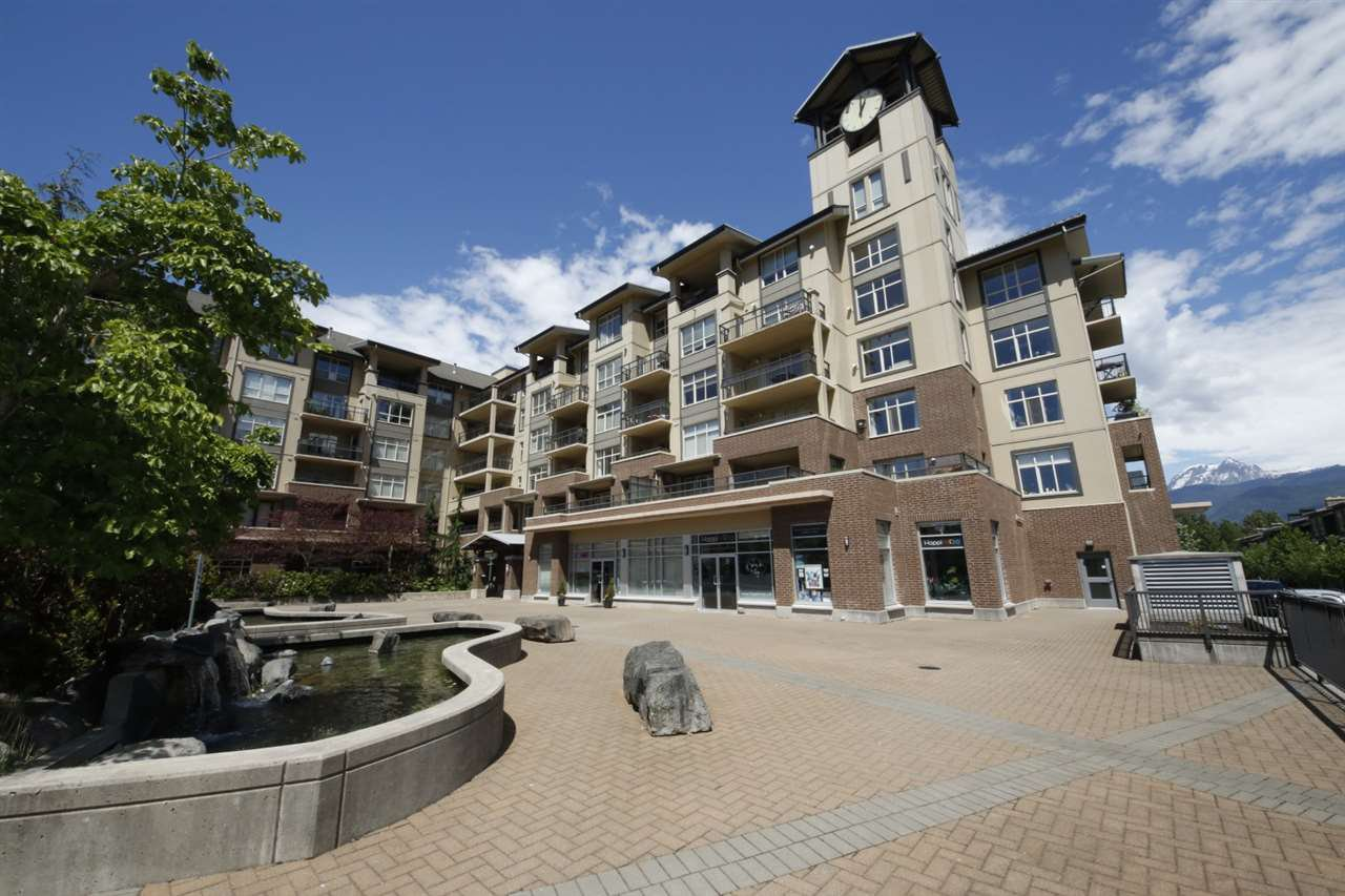 "Main Photo: 318 1211 VILLAGE GREEN Way in Squamish: Downtown SQ Condo for sale in ""ROCKCLIFF AT EAGLEWIND"" : MLS®# R2372303"
