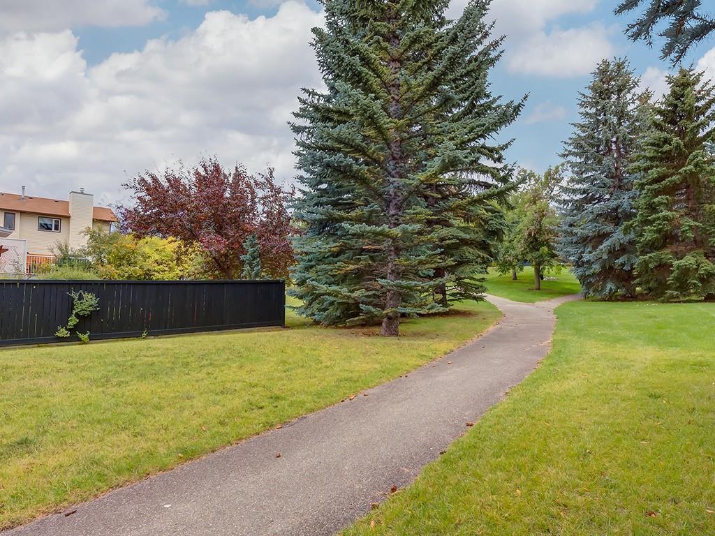 Photo 39: Photos: 212 MACEWAN VALLEY Mews NW in Calgary: MacEwan Glen Detached for sale : MLS®# C4281260