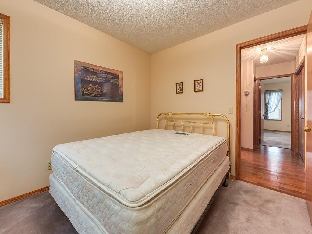Photo 17: Photos: 212 MACEWAN VALLEY Mews NW in Calgary: MacEwan Glen Detached for sale : MLS®# C4281260