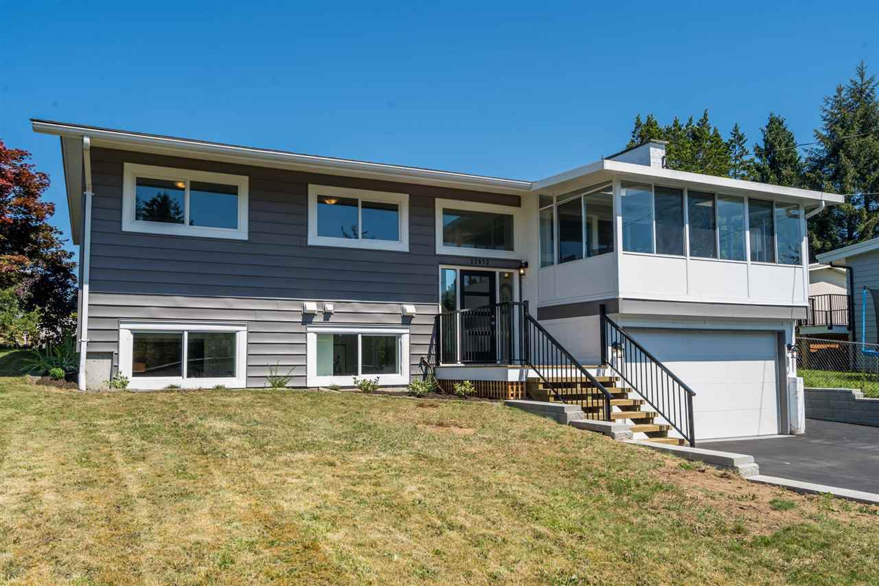 Main Photo: 32073 WESTVIEW Avenue in Mission: Mission BC House for sale : MLS®# R2480427
