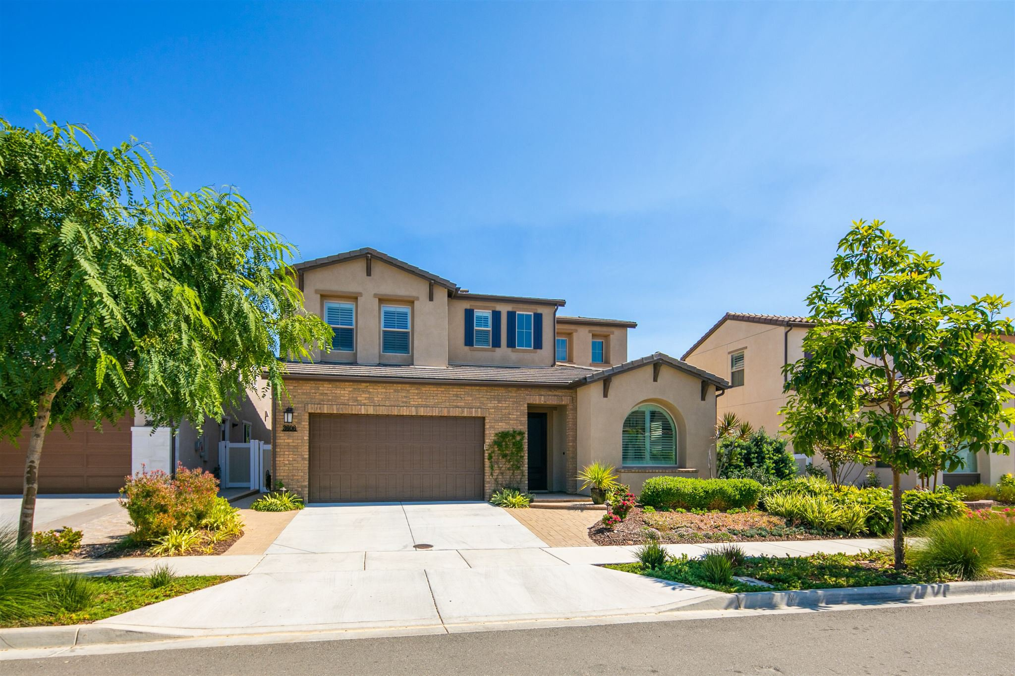Main Photo: CLAIREMONT House for sale : 5 bedrooms : 3606 Tavara Circle in San Diego