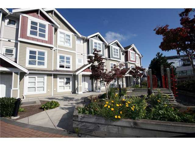 "Main Photo: 9 13028 NO 2 Road in Richmond: Steveston South Townhouse for sale in ""Water Side Village"" : MLS®# V915444"