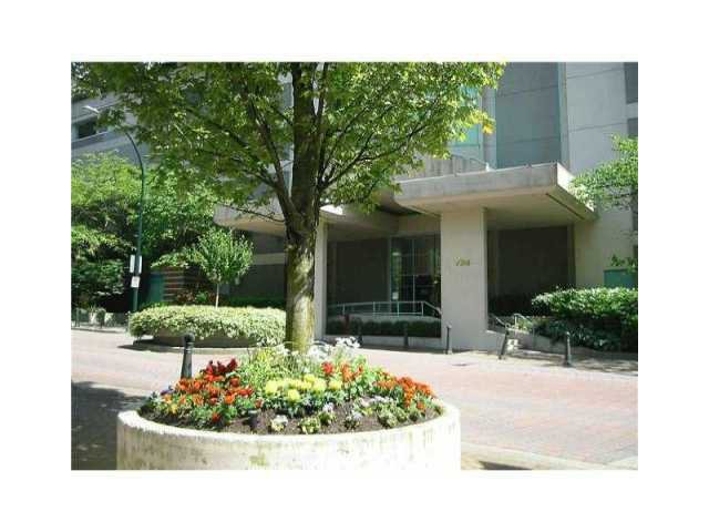 "Main Photo: 1106 728 PRINCESS Street in New Westminster: Uptown NW Condo for sale in ""PRINCESS TOWER"" : MLS®# V918434"