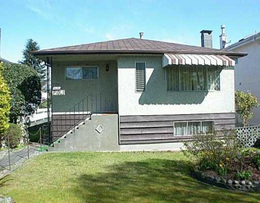 Main Photo: 3401 E 28TH AV in Vancouver: Renfrew Heights House for sale (Vancouver East)  : MLS®# V532839
