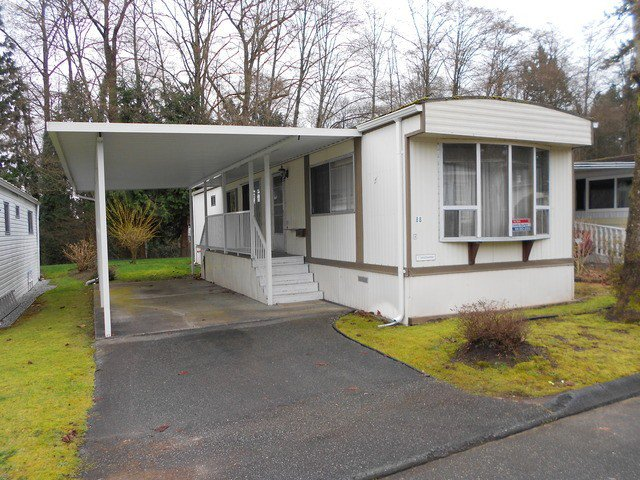 "Main Photo: 88 7850 KING GEORGE Boulevard in Surrey: East Newton Manufactured Home for sale in ""Bear Creek Glen"" : MLS®# F1432729"