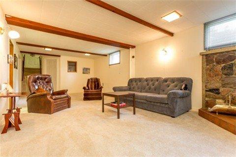Photo 8: Photos: 15 Ferguson Avenue in Whitby: Brooklin House (Bungalow) for sale : MLS®# E3214981