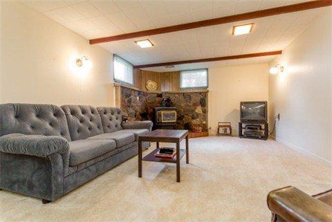 Photo 7: Photos: 15 Ferguson Avenue in Whitby: Brooklin House (Bungalow) for sale : MLS®# E3214981