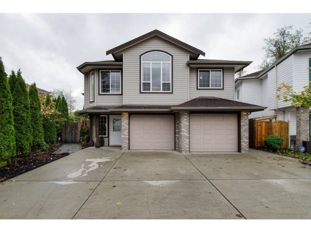 Main Photo: 19916 FAIRFIELD Avenue in Pitt Meadows: South Meadows House for sale : MLS®# R2010942