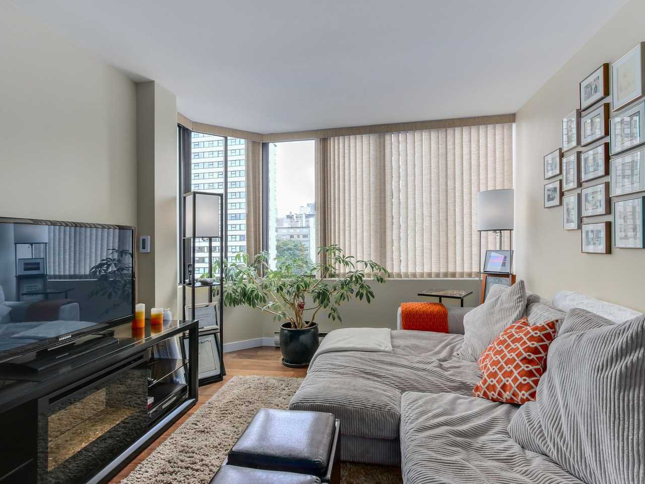 "Photo 14: Photos: 1003 1236 BIDWELL Street in Vancouver: West End VW Condo for sale in ""ALEXANDRA PARK"" (Vancouver West)  : MLS®# R2089285"