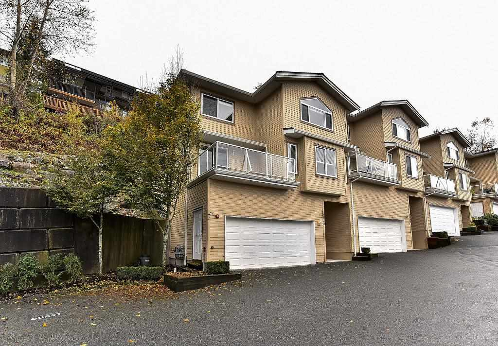 "Photo 2: Photos: 1142 BENNET Drive in Port Coquitlam: Citadel PQ Townhouse for sale in ""THE SUMMIT"" : MLS®# R2120943"