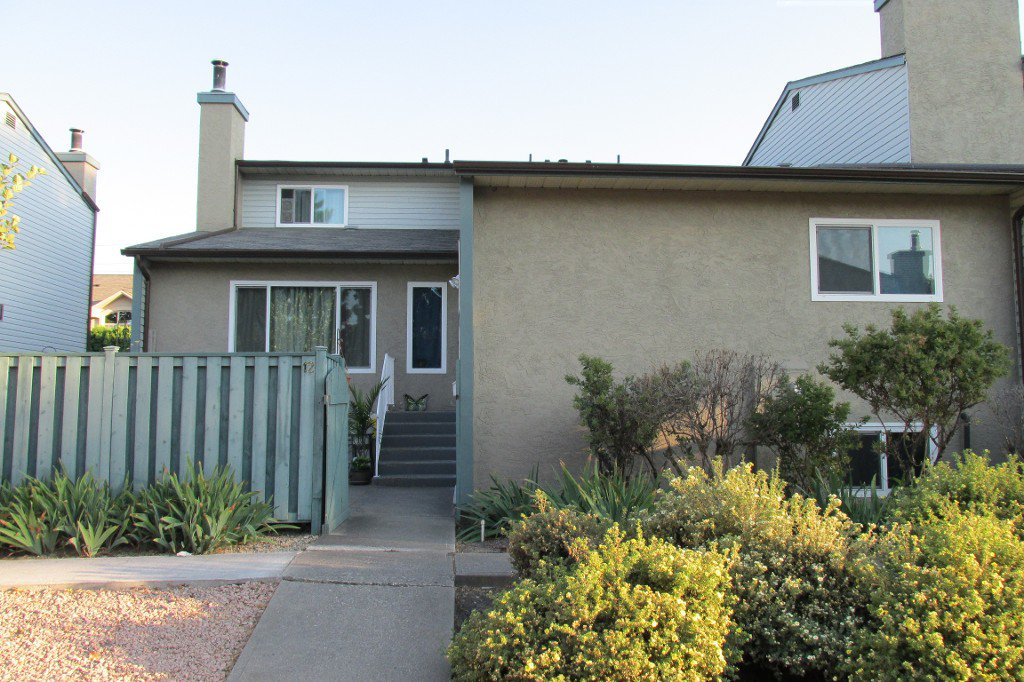 Main Photo: 12-1471 Inkar in Kelowna: Springfield/Spall Condo for sale : MLS®# 10139355