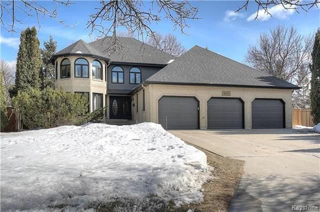 Main Photo: 113 Shorecrest Drive in Winnipeg: Linden Woods Residential for sale (1M)  : MLS®# 1807547