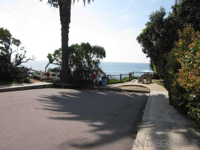 Main Photo: LA JOLLA House for rent : 3 bedrooms : 320 Forward St