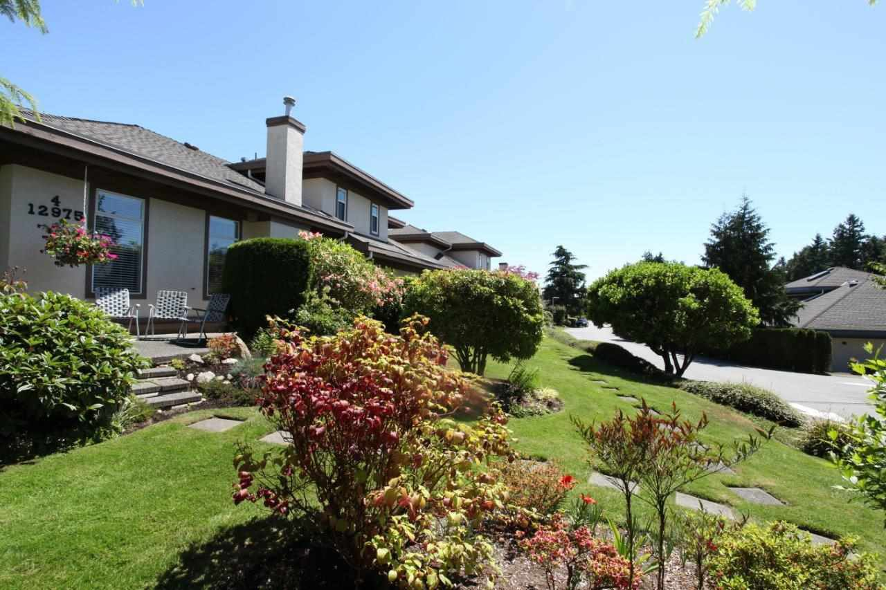 "Main Photo: 4 12975 17 Avenue in Surrey: Crescent Bch Ocean Pk. Townhouse for sale in ""Ocean Park Grove"" (South Surrey White Rock)  : MLS®# R2303552"