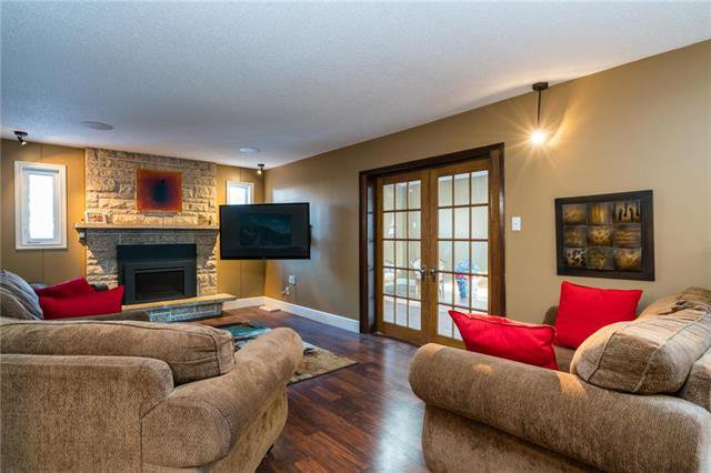 Photo 8: Photos: 140 Linacre Road in Winnipeg: Fort Richmond Residential for sale (1K)  : MLS®# 1901877