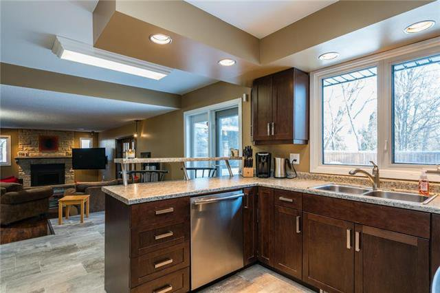 Photo 4: Photos: 140 Linacre Road in Winnipeg: Fort Richmond Residential for sale (1K)  : MLS®# 1901877