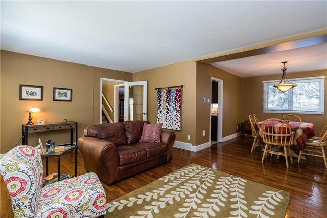 Photo 6: Photos: 140 Linacre Road in Winnipeg: Fort Richmond Residential for sale (1K)  : MLS®# 1901877