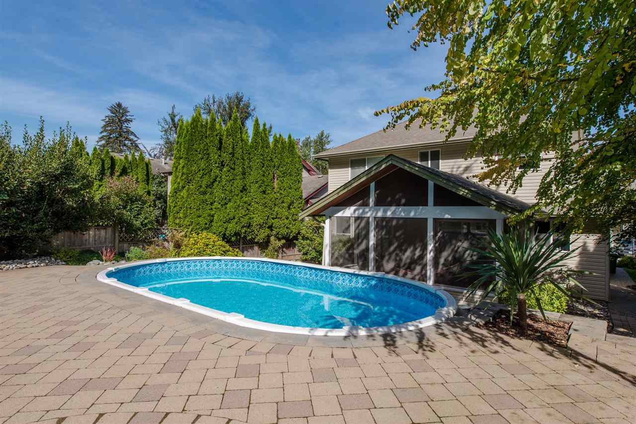 """Photo 16: Photos: 157 43995 CHILLIWACK MOUNTAIN Road in Chilliwack: Chilliwack Mountain House for sale in """"Trails at Long Thorne"""" : MLS®# R2336810"""