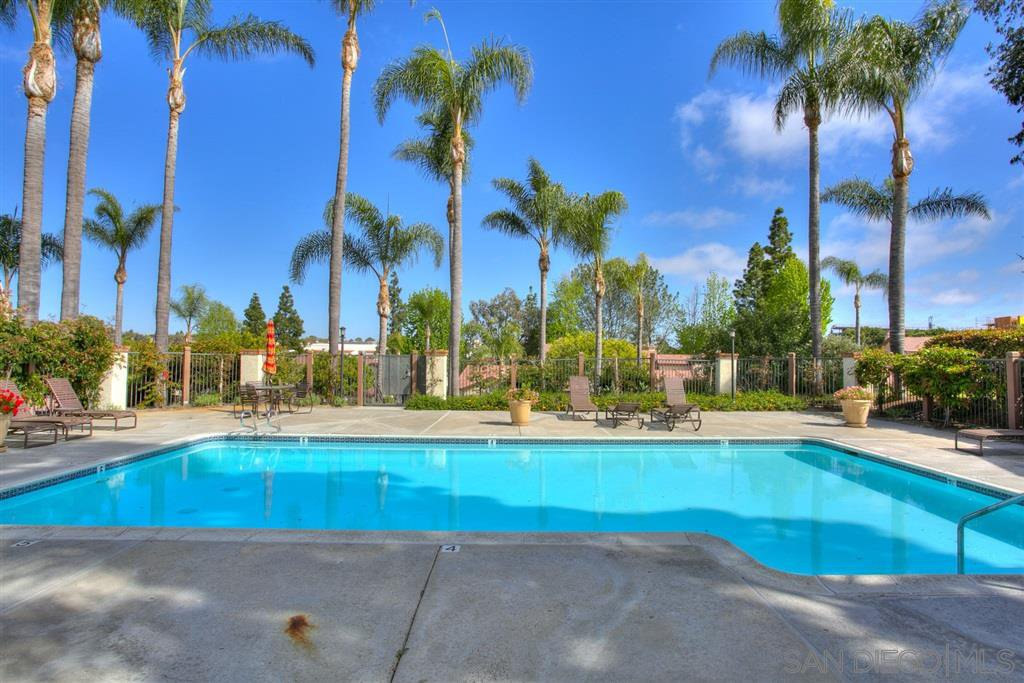 Photo 23: Photos: CARMEL VALLEY Townhome for rent : 3 bedrooms : 3631 Fallon Circle in San Diego