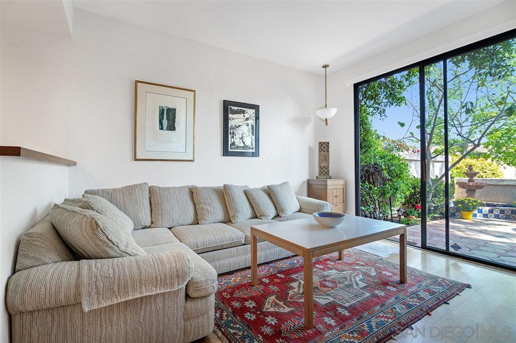 Photo 5: Photos: CARMEL VALLEY Townhome for rent : 3 bedrooms : 3631 Fallon Circle in San Diego