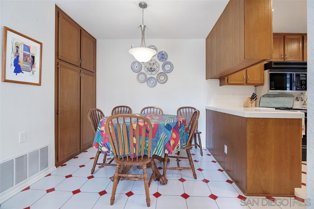 Photo 14: Photos: CARMEL VALLEY Townhome for rent : 3 bedrooms : 3631 Fallon Circle in San Diego