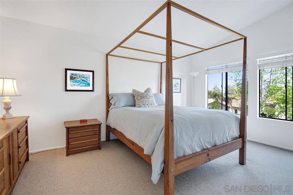 Photo 17: Photos: CARMEL VALLEY Townhome for rent : 3 bedrooms : 3631 Fallon Circle in San Diego