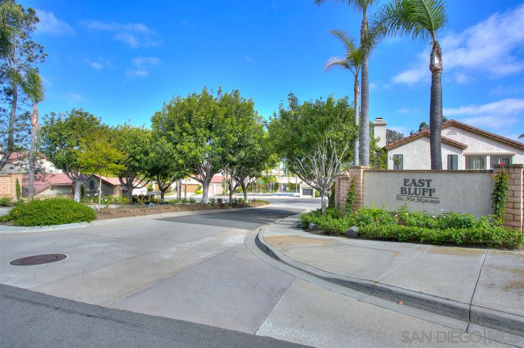 Photo 24: Photos: CARMEL VALLEY Townhome for rent : 3 bedrooms : 3631 Fallon Circle in San Diego