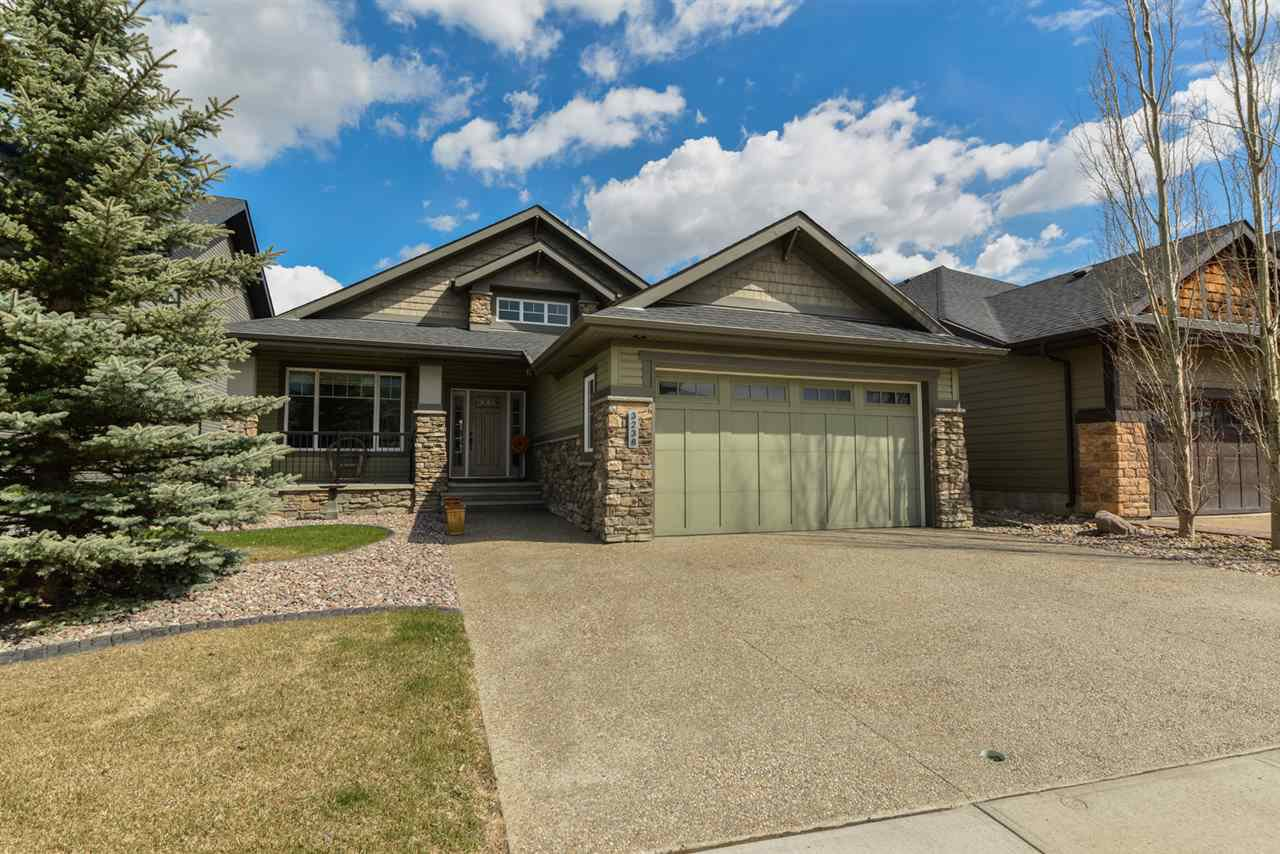 Main Photo: 3238 Whitelaw Drive in Edmonton: Zone 56 House for sale : MLS®# E4156266