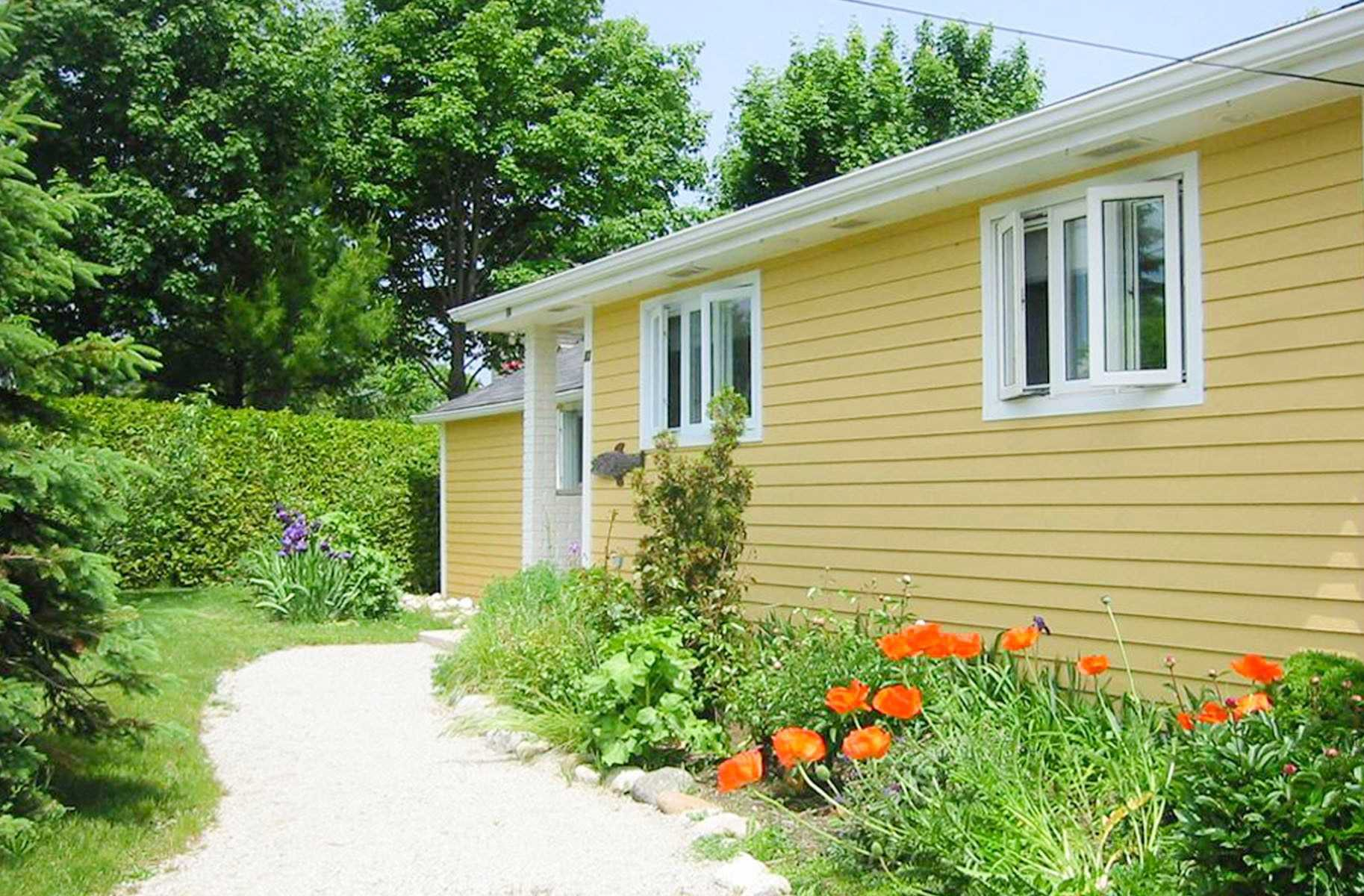 Photo 4: Photos: 62 Cottage Avenue in Blue Mountains: Thornbury House (Bungalow) for lease : MLS®# X4754668