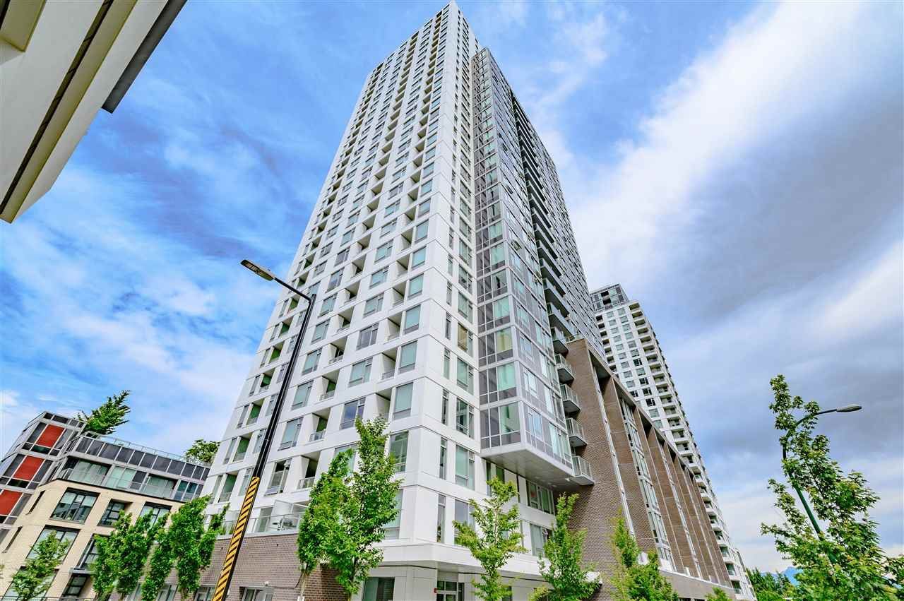 Main Photo: 619 5665 BOUNDARY Road in Vancouver: Collingwood VE Condo for sale (Vancouver East)  : MLS®# R2462217