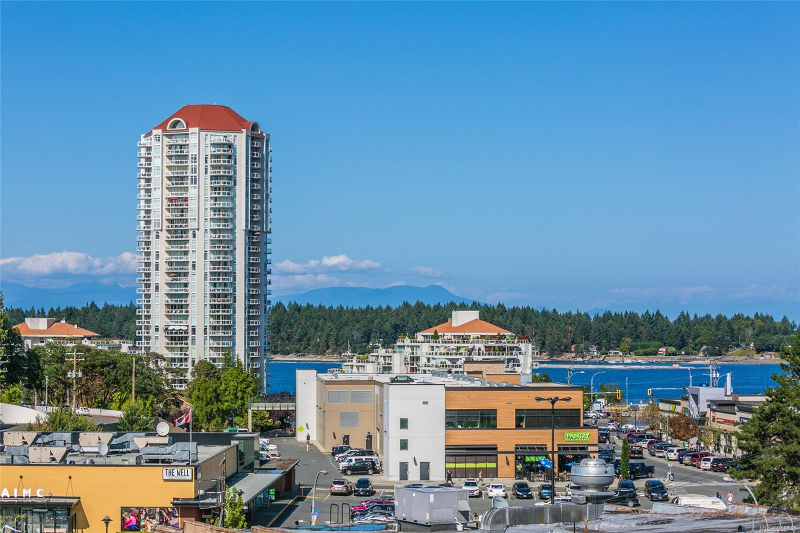 Main Photo: 101 30 Cavan St in : Na Old City Condo for sale (Nanaimo)  : MLS®# 858415