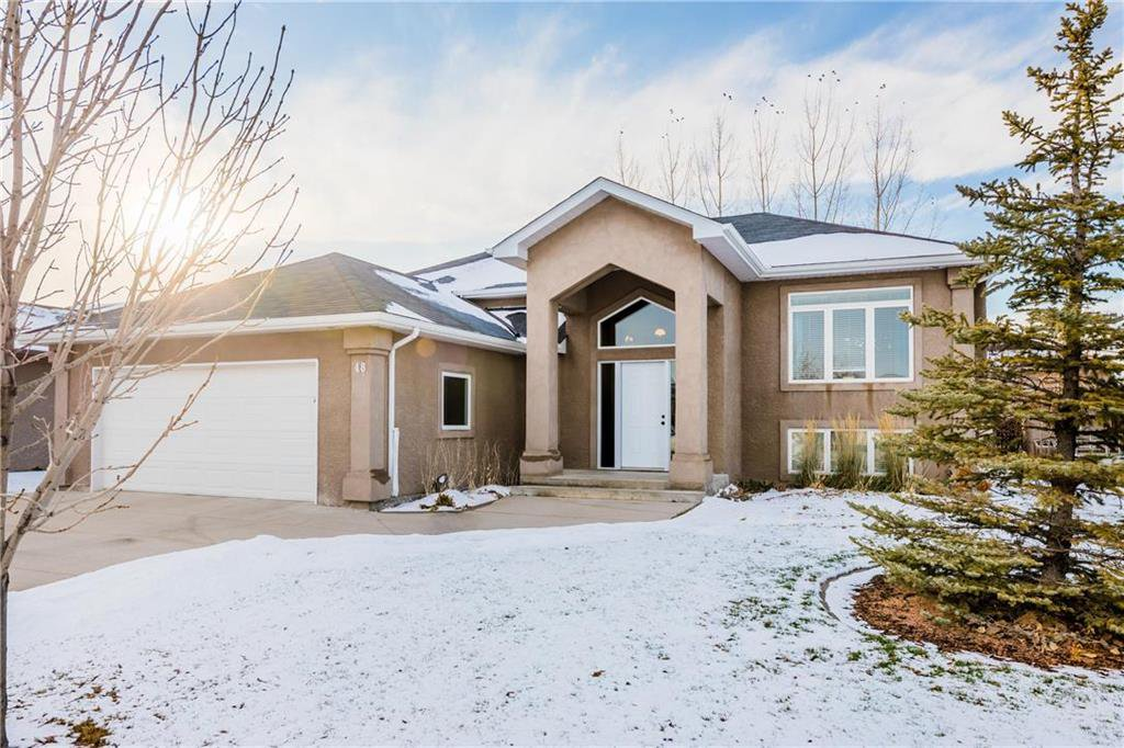 Main Photo: 48 CUTLASS Drive in Steinbach: Southwood Residential for sale (R16)  : MLS®# 202027947