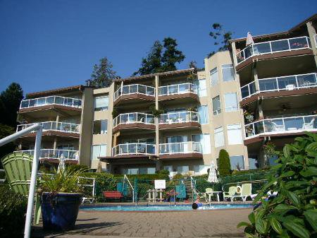 Main Photo: # 305 15025 VICTORIA AV in White Rock: House for sale : MLS®# F2827433