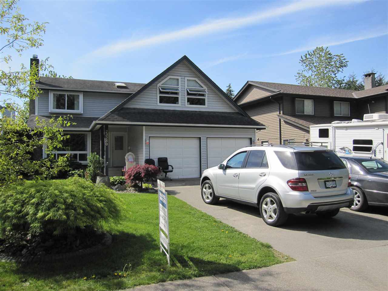 Main Photo: 23280 118 Avenue in Maple Ridge: Cottonwood MR House for sale : MLS®# R2058879