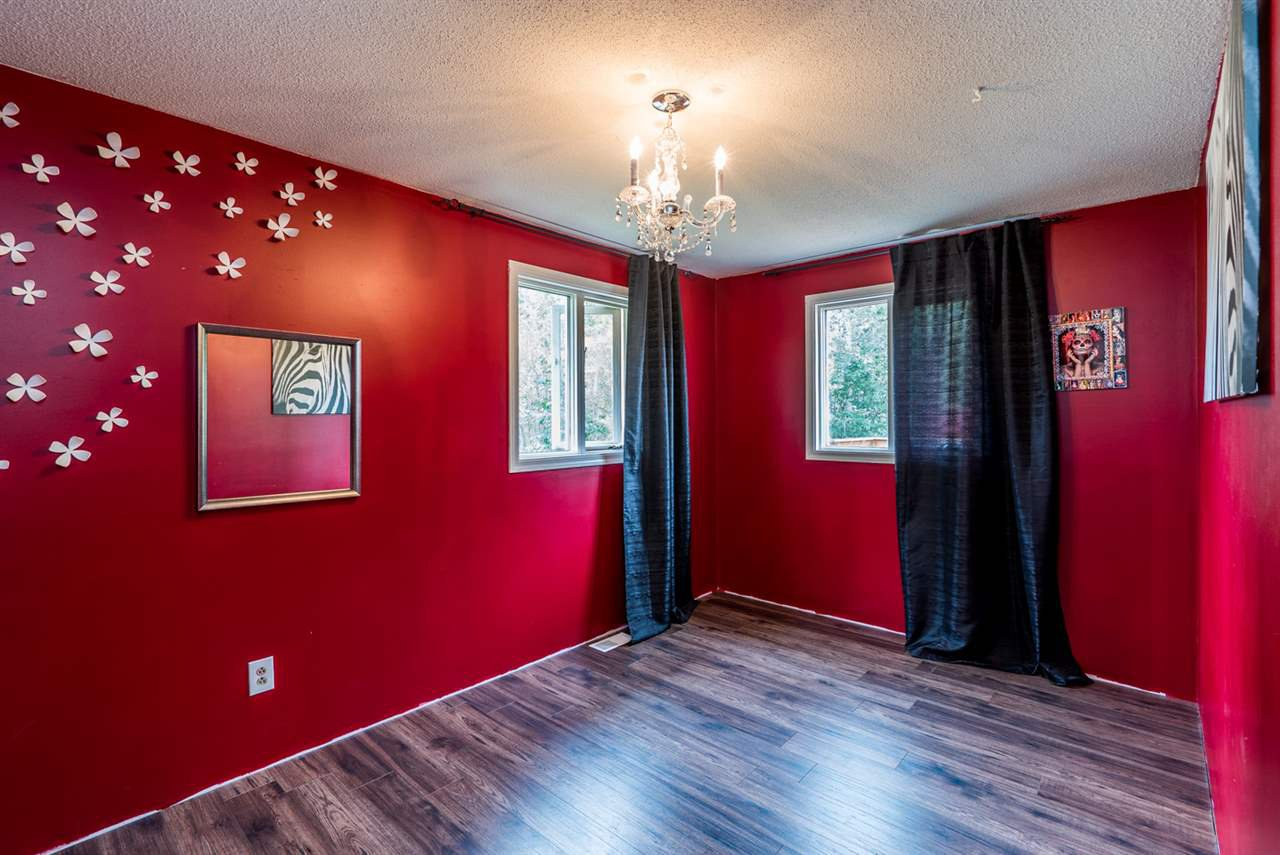 """Photo 9: Photos: 10770 GROVE Road in Prince George: Pineview House for sale in """"PINEVIEW/BUCKHORN"""" (PG Rural South (Zone 78))  : MLS®# R2093768"""