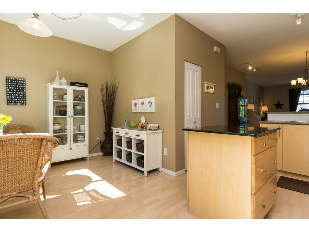 """Photo 10: Photos: 119 15152 62A Avenue in Surrey: Sullivan Station Townhouse for sale in """"UPLANDS"""" : MLS®# R2095709"""
