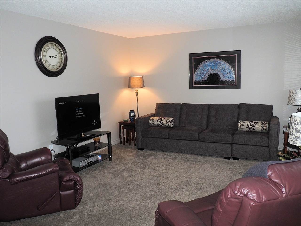 Photo 3: Photos: 4645 ROBSON Avenue in Prince George: Foothills House for sale (PG City West (Zone 71))  : MLS®# R2143048