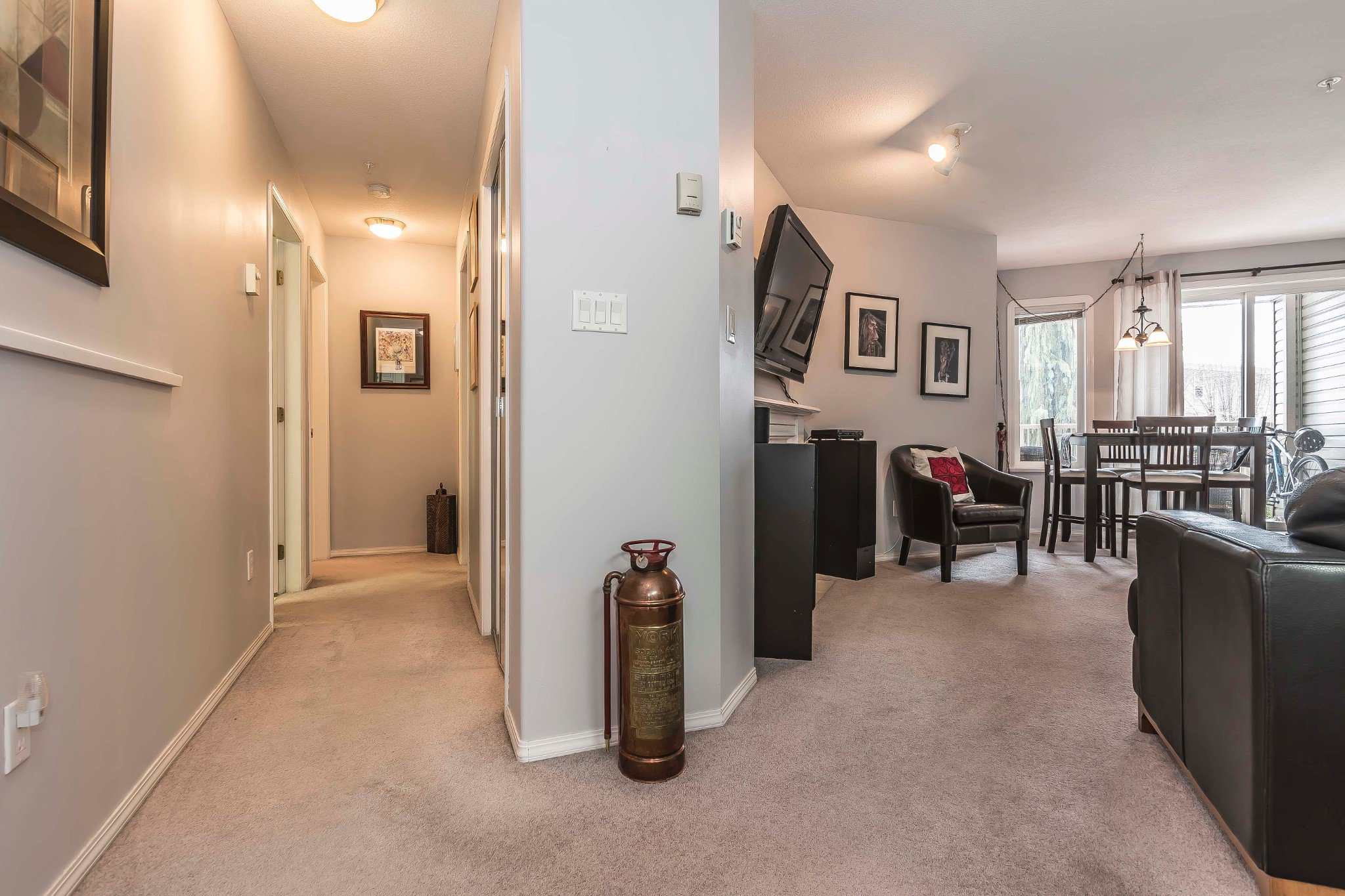Photo 13: Photos: 210 46693 Yale Road in Chilliwack: Condo for sale : MLS®# r2231167
