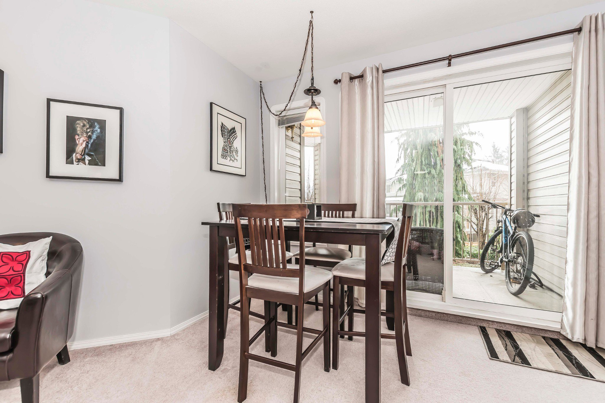 Photo 6: Photos: 210 46693 Yale Road in Chilliwack: Condo for sale : MLS®# r2231167
