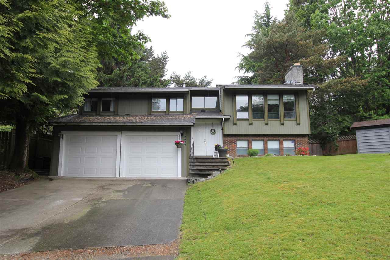 "Main Photo: 2929 MCCOLL Court in Abbotsford: Abbotsford East House for sale in ""McMillan"" : MLS®# R2270414"