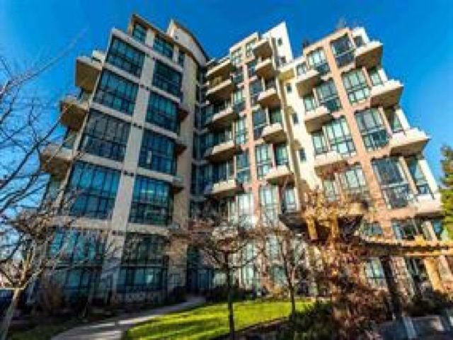 "Main Photo: 315 7 RIALTO Court in New Westminster: Quay Condo for sale in ""MURANO LOFTS"" : MLS®# R2278054"