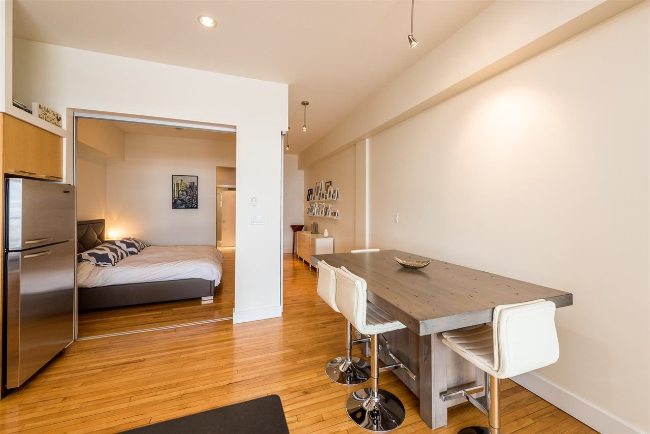 """Photo 8: Photos: 307 345 WATER Street in Vancouver: Downtown VW Condo for sale in """"Greenshields"""" (Vancouver West)  : MLS®# R2288572"""