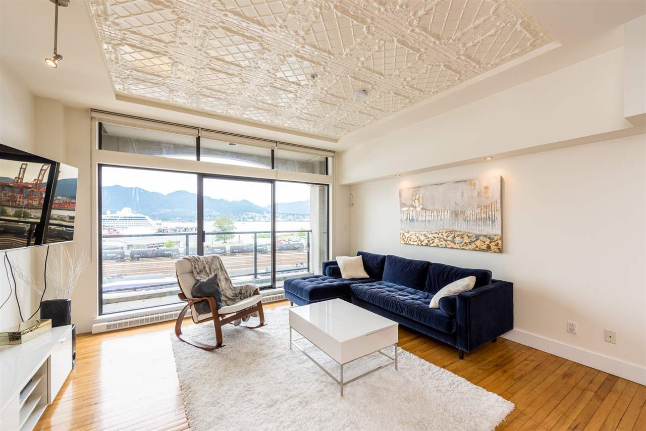 """Photo 3: Photos: 307 345 WATER Street in Vancouver: Downtown VW Condo for sale in """"Greenshields"""" (Vancouver West)  : MLS®# R2288572"""
