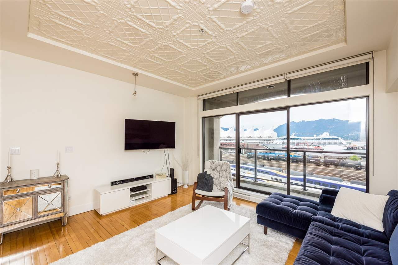 """Photo 2: Photos: 307 345 WATER Street in Vancouver: Downtown VW Condo for sale in """"Greenshields"""" (Vancouver West)  : MLS®# R2288572"""