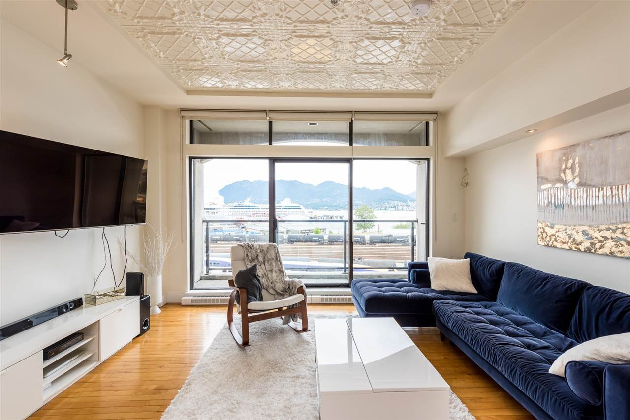 """Photo 4: Photos: 307 345 WATER Street in Vancouver: Downtown VW Condo for sale in """"Greenshields"""" (Vancouver West)  : MLS®# R2288572"""