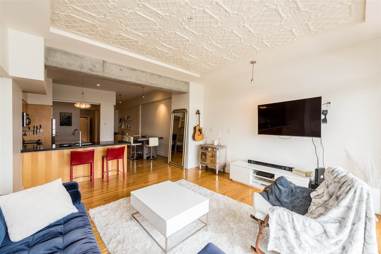 """Photo 5: Photos: 307 345 WATER Street in Vancouver: Downtown VW Condo for sale in """"Greenshields"""" (Vancouver West)  : MLS®# R2288572"""