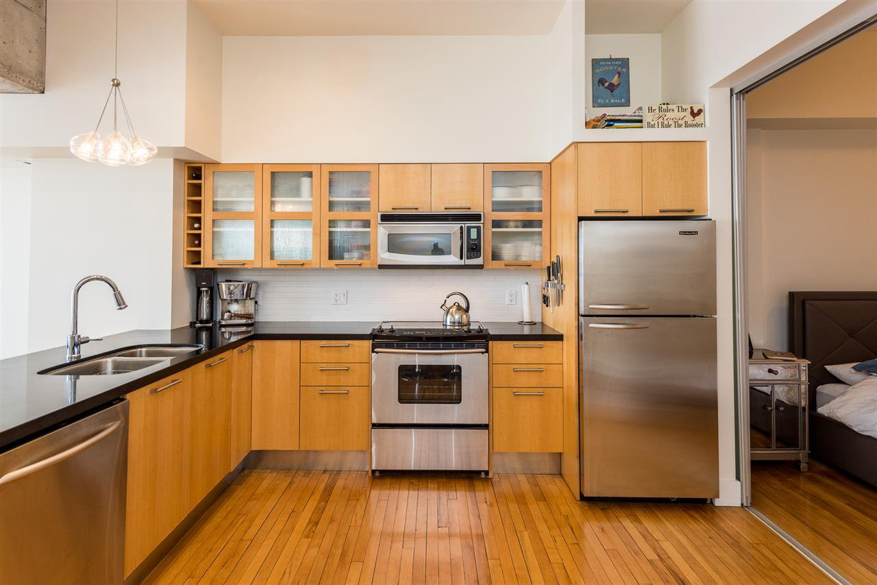 """Photo 9: Photos: 307 345 WATER Street in Vancouver: Downtown VW Condo for sale in """"Greenshields"""" (Vancouver West)  : MLS®# R2288572"""