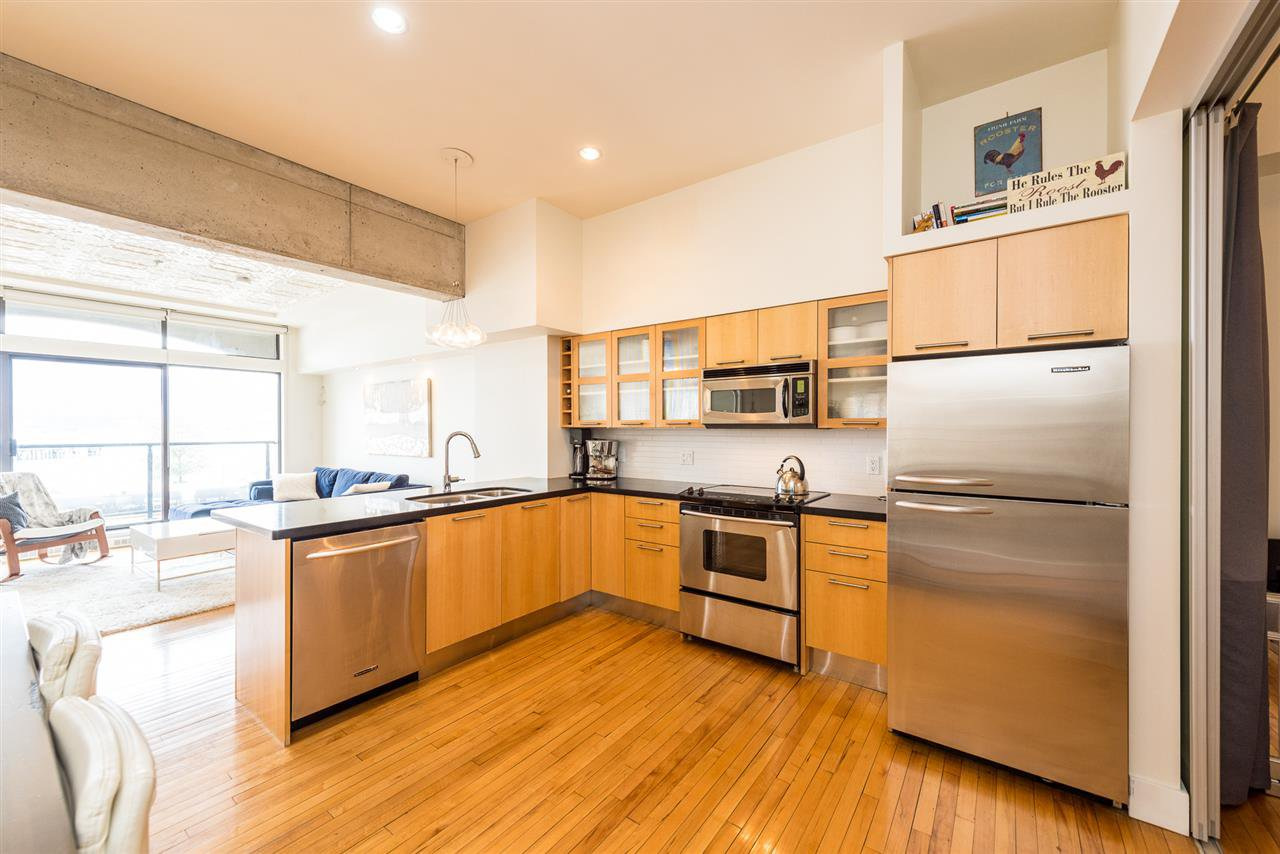 """Photo 10: Photos: 307 345 WATER Street in Vancouver: Downtown VW Condo for sale in """"Greenshields"""" (Vancouver West)  : MLS®# R2288572"""